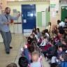 Ο συγγραφέας παιδικών βιβλίων Κώστας Χαραλάς στο σχολείο μας !!!!!!!